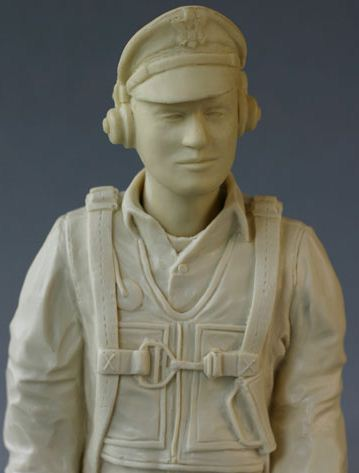 Best Pilots Scale Busts and Figures, unpainted bomber pilot, scale warbirds, model airplane news, model airplanes, photo 4, unpainted crew member