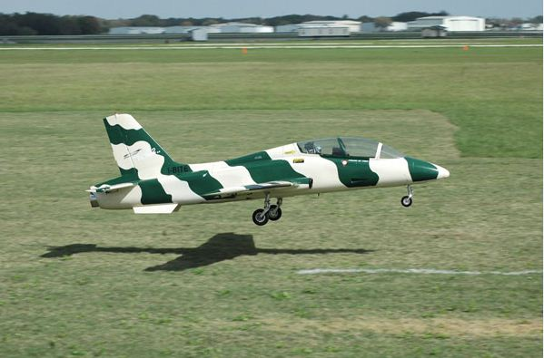 i-bite, green and white stripes, model airplane news, model airplanes, model aviation, florida jets, florida jets 2011, photo 10