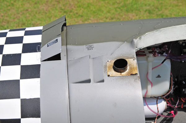 Meister Scale Giant Scale P-47 Thunderbolt, meister scale, model airplane news, model aviation, model airplanes, photo 12, control throws, scale exhaust, port with louvers