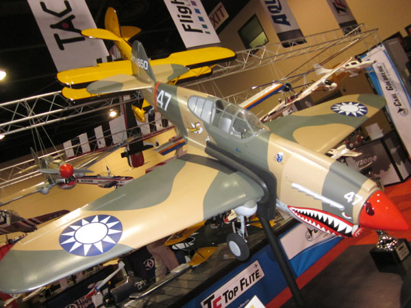Top Flite Giant Scale P-40 Warhawk Gets 2010 RCX Airplane of the Year