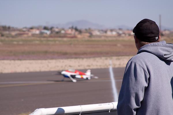 andrew jesky, andrew jesky flying plane, model airplane news, photo 3, takeoff, hat