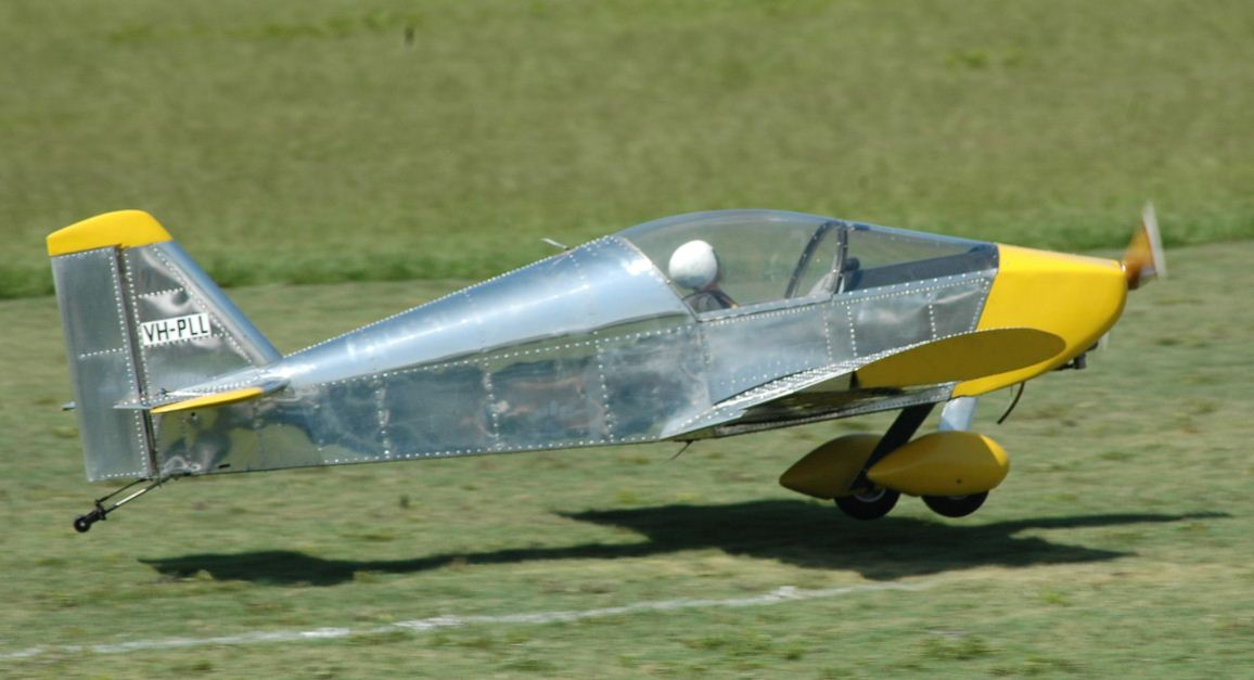 All-metal Sonex on takeoff