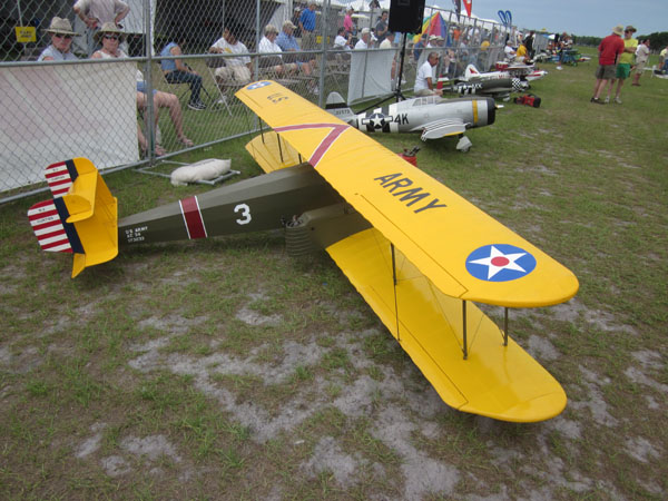 flightline, top gun, model airplane news, model airplanes, model aviation, paradise field, photo 5, yellow, army