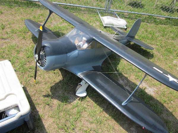 flightline, top gun, model airplane news, model airplanes, model aviation, paradise field, photo 6, black, ground, propellor