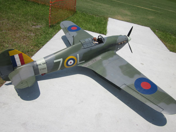 warbird, flightline, top gun, top gun 2011, hawker sea hurricane, model airplane news, photo 2, red, blue, functional foot step panel and stirrup