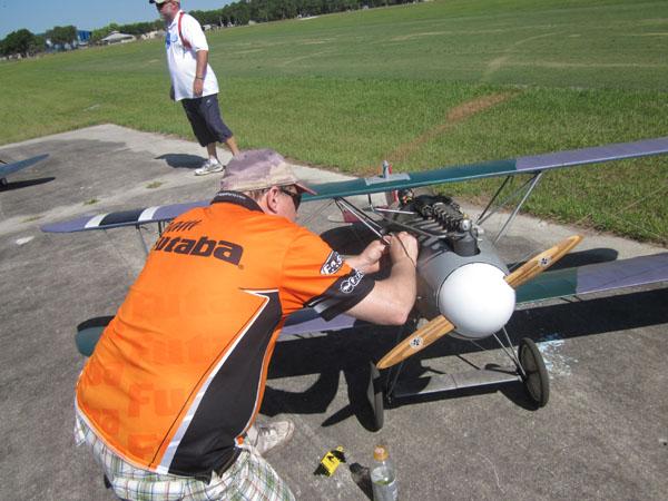 dave johnson, albatros DV, futaba, paradise field, top gun, dave johnson flight line, photo 2, orange, ground