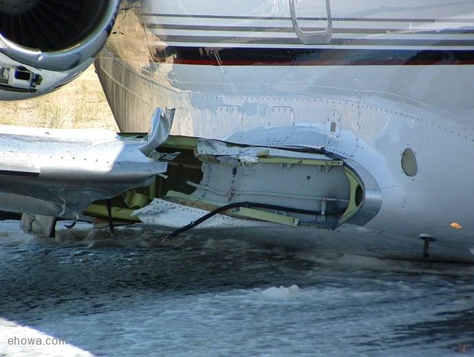 mike chipman, steve dizio,  Hawker 800XP jet, Hawker 800XP jet crash, model airplane news, model airplane news jets, photo 2, water, floating