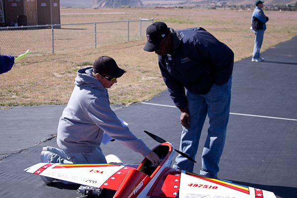 Victorville 1st Annual Inaugural Pattern Contest, victor valley RC flyers club, victorville california, 1st place chris mcmillin, model airplane news, 2 men, red
