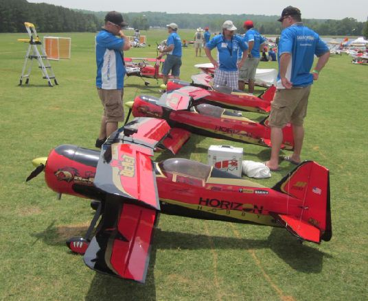 "Horizon Hobby's ""The New Beastie Boys"" Show Team at Joe Nall"