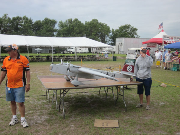 top gun, top gun 2011, top gun scale invitational 2011, model airplane news, 26 , eh