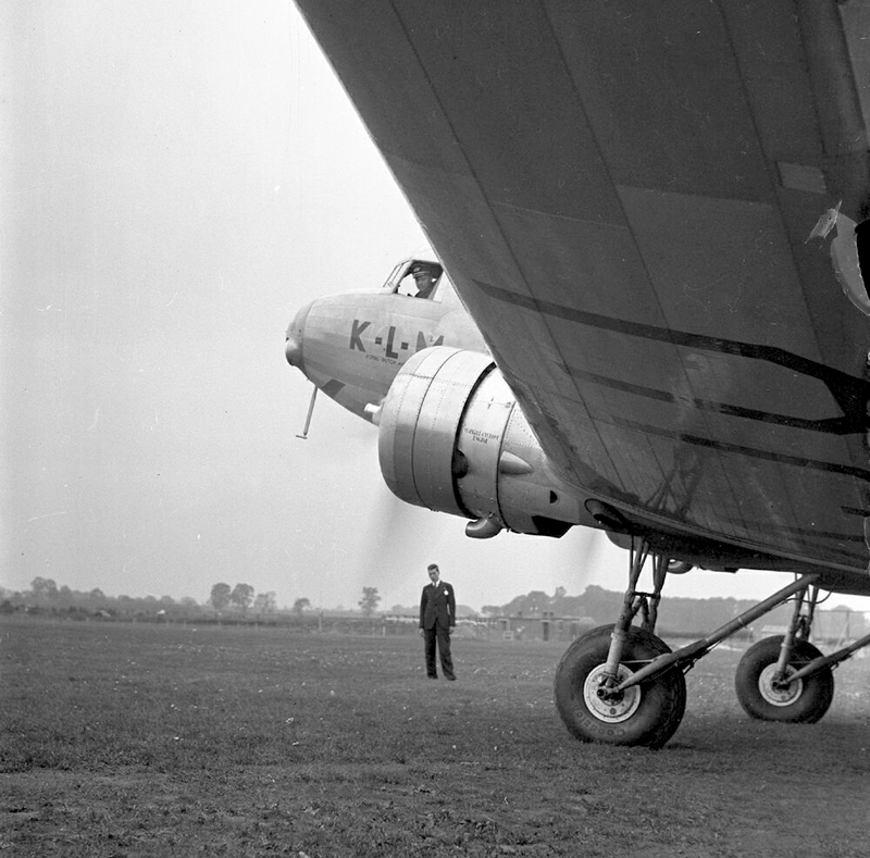 Some more great U.K. Aviation Photos from 1930's