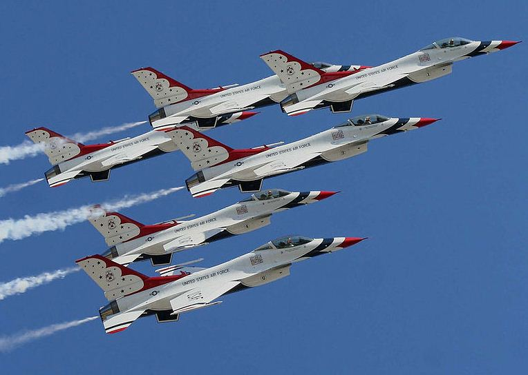 USAF Thunderbirds Precision Airshow Team