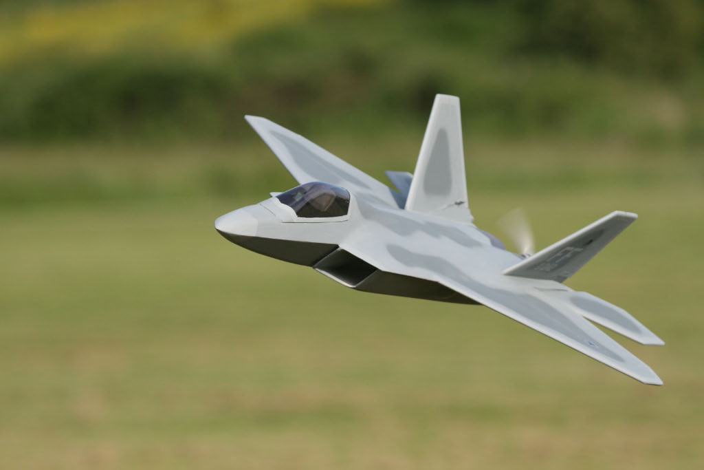 MAN Construction Article–F/A-22 Raptor