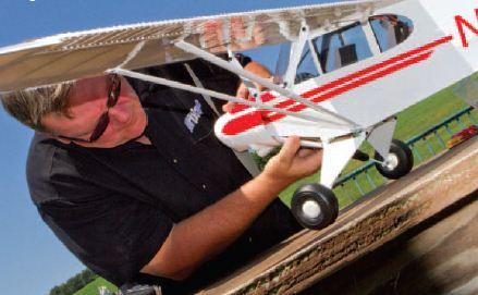 E-flite Super Cub 25e–Awesome Test Flight