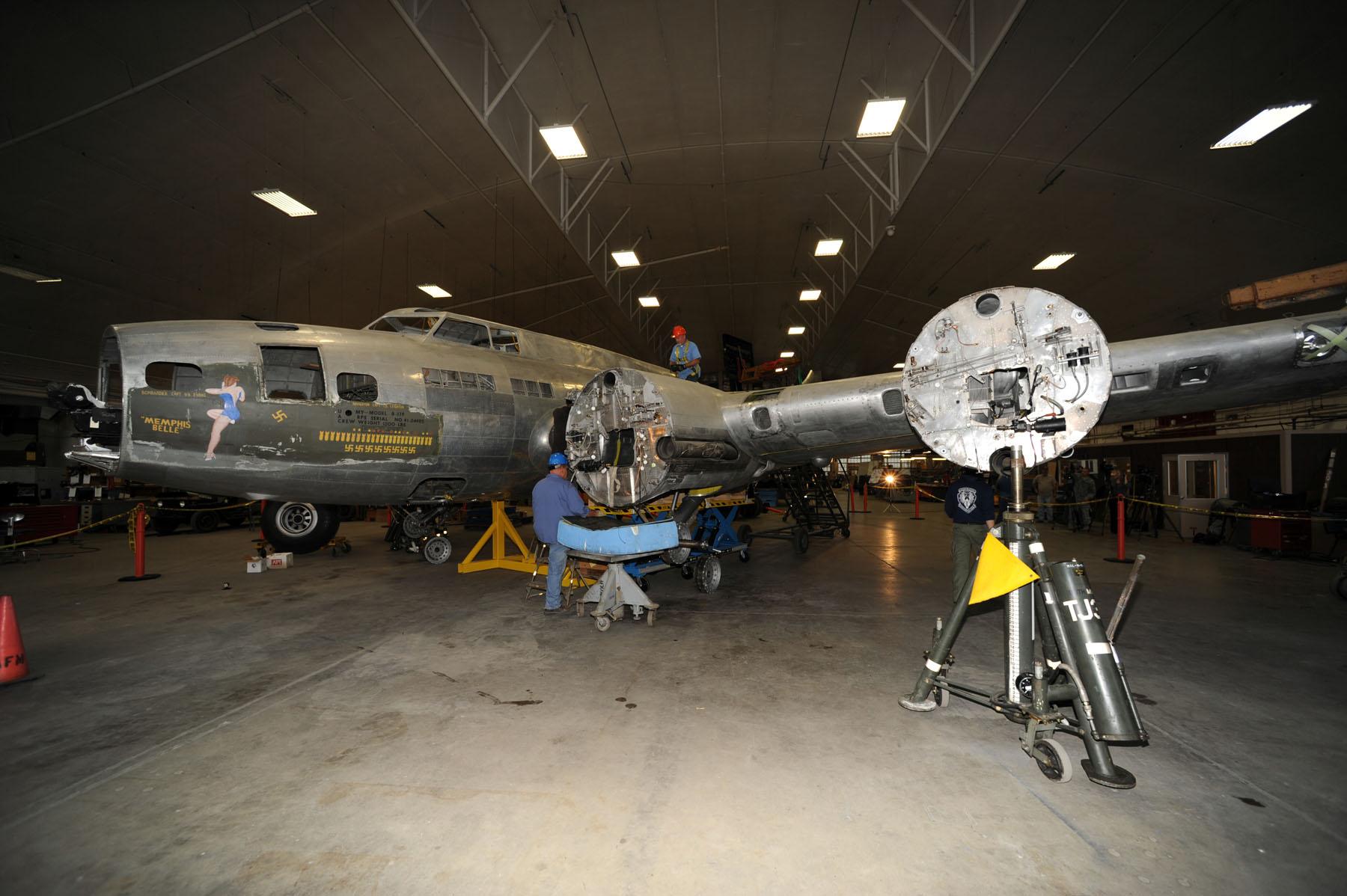 B-17 MEMPHIS BELLE UNDERGOES RESTORATION MILESTONES