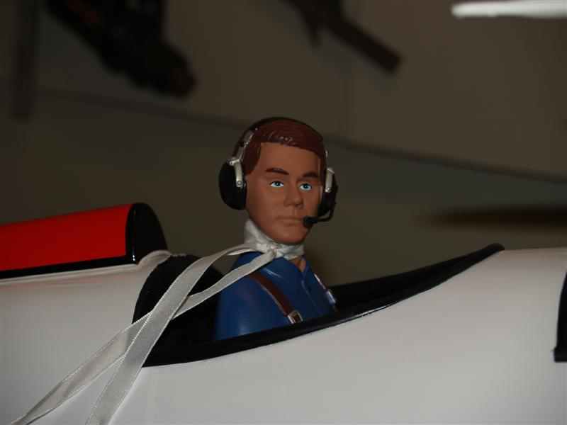 Personalizing your ARF with a Movable Pilot Head