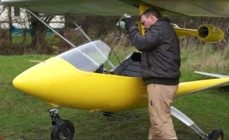 Cool video of the week: Jet-Powered Ultralight