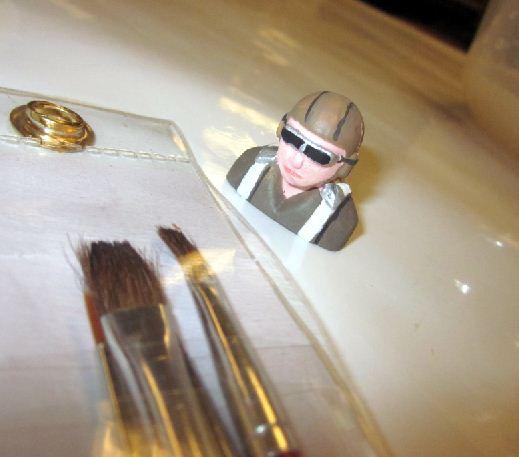 Painting Micro Pilot Figures