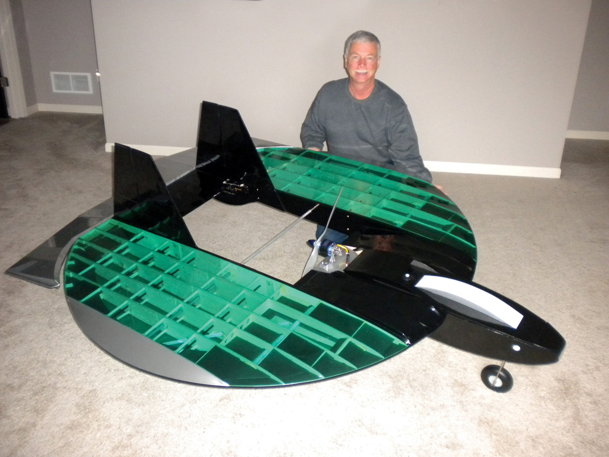 Pilot Projects: FS-6.66 Flying Saucer [April 2012]