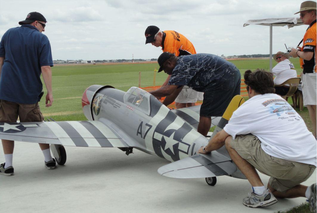 Top Gun! Huge P-47 Thunderbolt