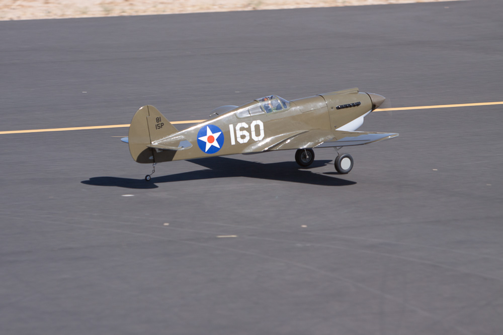 Hangar 9 P-40B Warhawk, First Look!