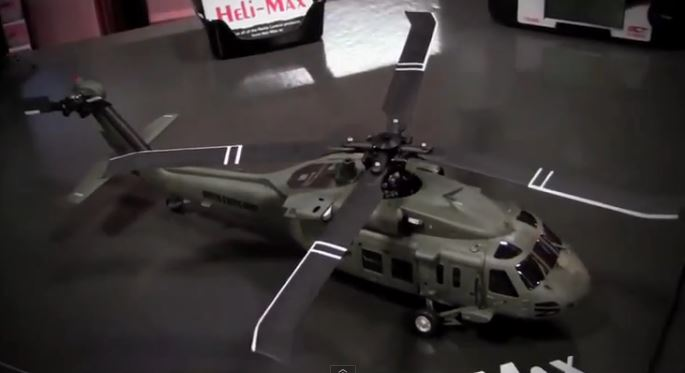 Heli-Max Blackhawk, up close!