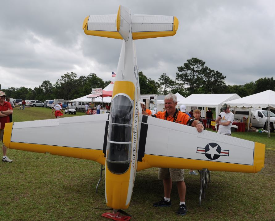 Top Gun Expert Class Winner: Mike Barbee & his T-34B Mentor