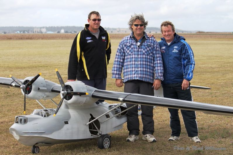 20-foot Catalina Takes Off