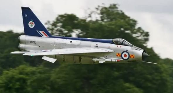 twin turbine english electric lightning model airplane news