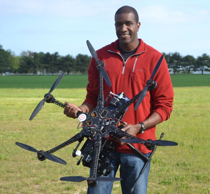 Review: DJI S800 Spreading Wings Hexacopter