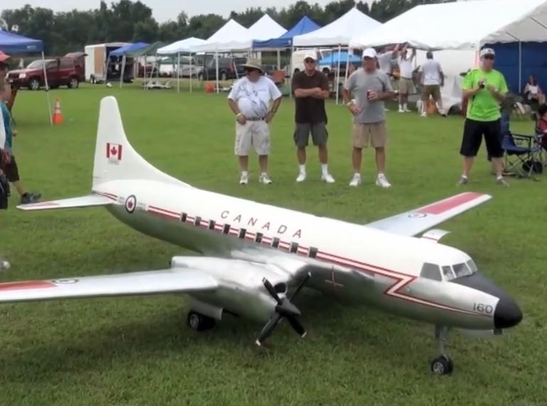 Flightline Action from Warbirds over Delaware