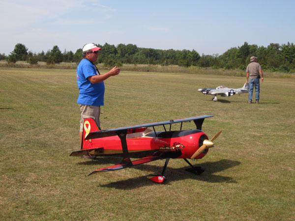 Hangar 9 Beast Biplane