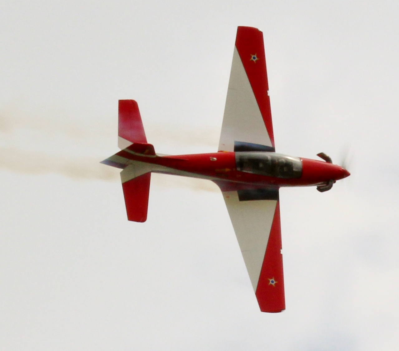 Master flying a Snap to Inverted