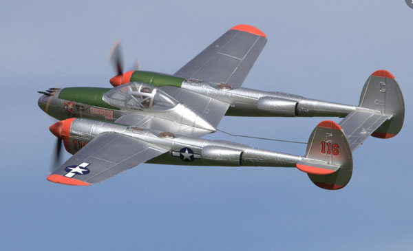 Micro Lightning–Test Flying the new P-38 from Flyzone