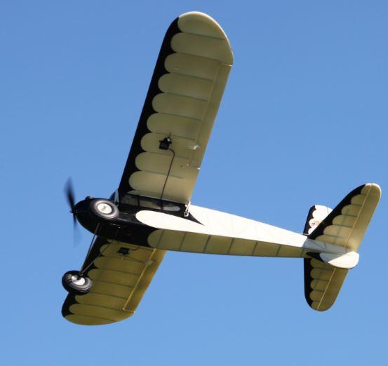 Video Flight Report -- Durafly Retro Series Junior