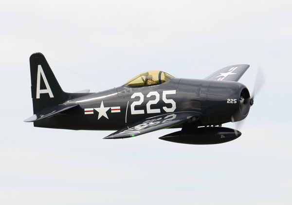 Mark Shapiro's 1/4.5-scale F8F-2 Bearcat. Moki 250 powered.