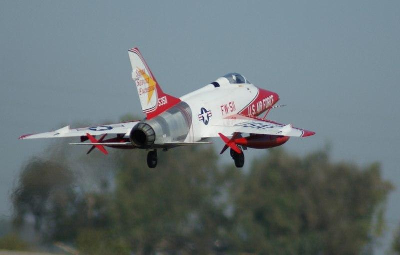 Road to Top Gun -- Stylish F-100D Super Sabre