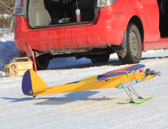 Model Airplane Workshop Tip: Installing Skis