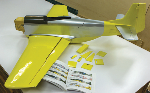 Covering tips: 3-color fuselage