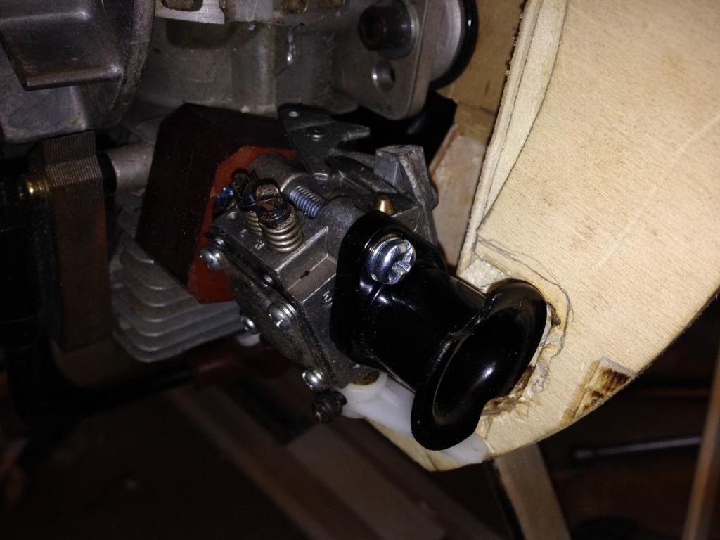 Radio and Control Linkage Installation Zenoah gas engine