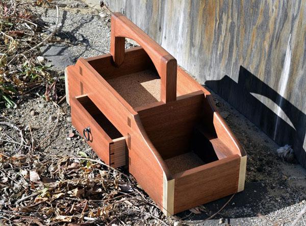 field_box_cork