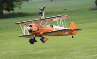 RC Wing Walkers It's Showtime!