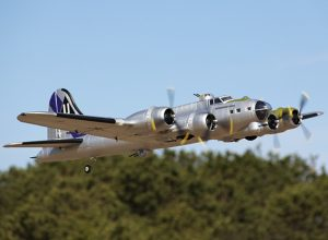 HobbyKing 1875mm B-17 FG Flying Fortress (V2) PnP (1)