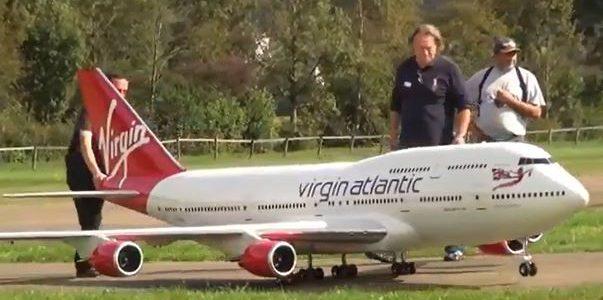 Jumbo Jet Flight