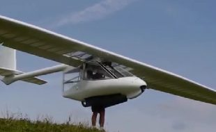 The Ultimate Slope Soarer  — Foot-launchable ultralight glider