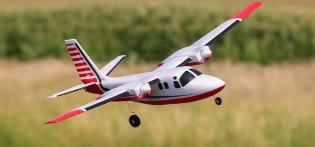 E-flite UMX Aero Commander BNF Basic With AS3X [VIDEO]