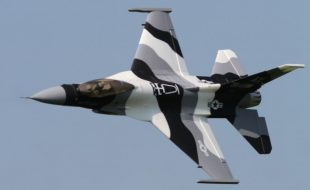 RC Aerobatics: Pro tips to a perfect 4-point roll!