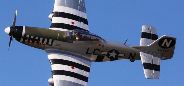 E-flite P-51D Mustang 1.2m BNF Basic [VIDEO]