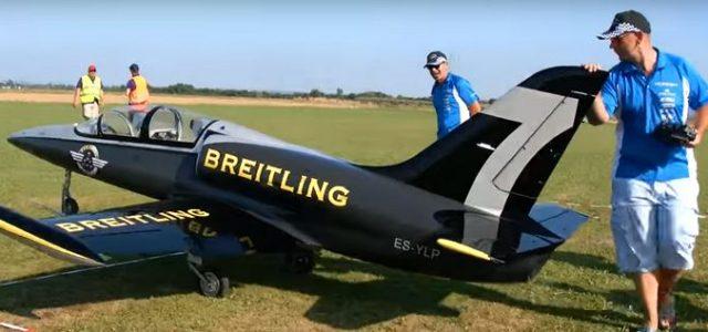 Amazing L-39 Albatros Jet