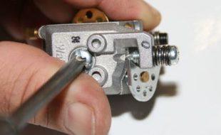 Rebuild a Walbro Carburetor